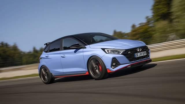 Hyundai predstavio novi i20 N koji ima 204 KS i juri 230 km/h