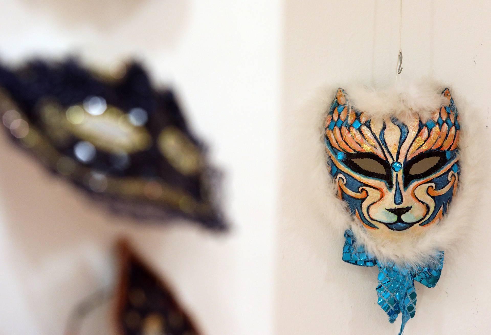 U Šibeniku otvorena izložba veličanstvenih maski i krinki