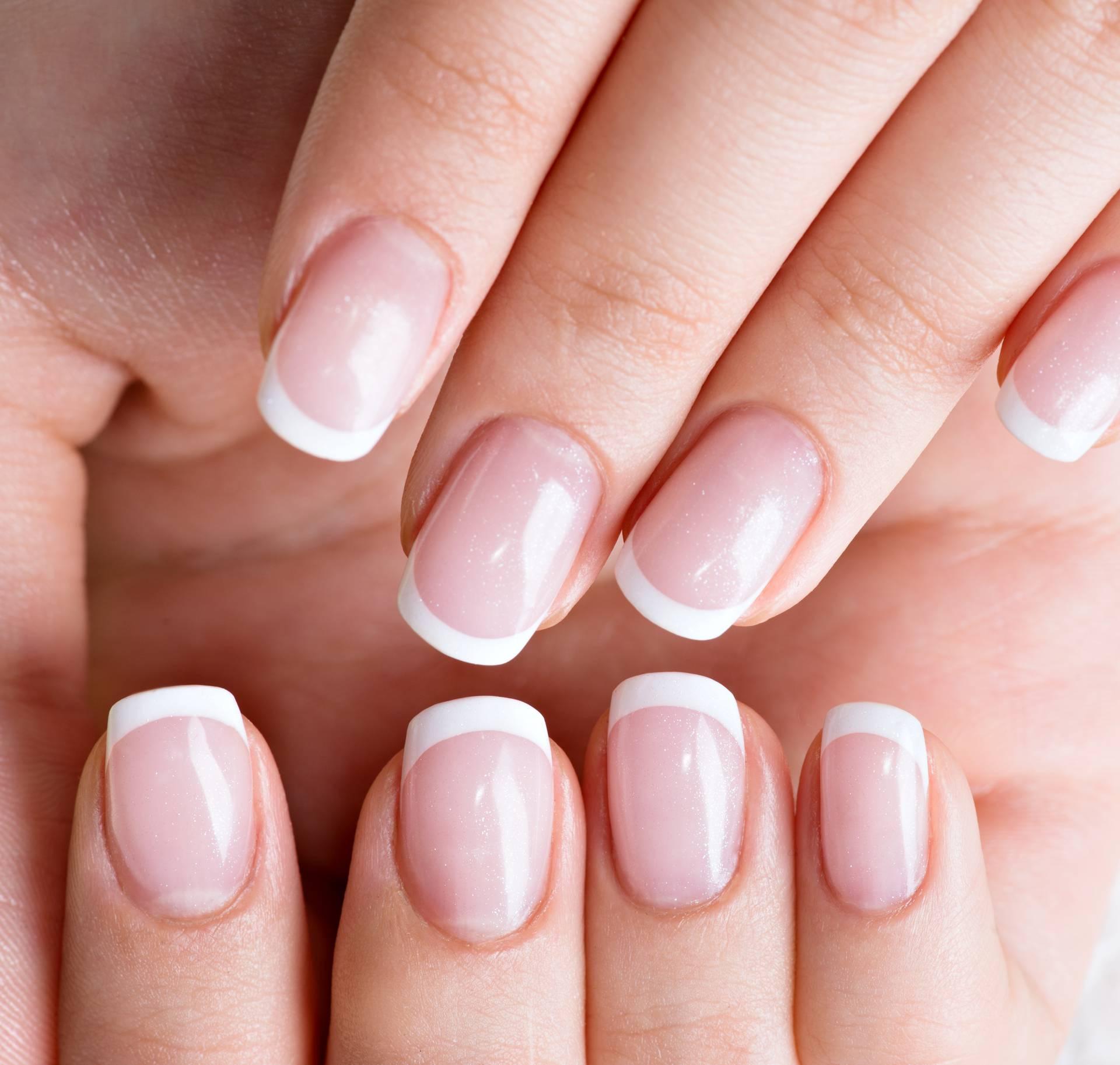 Spas za nokte: Koristite sodu bikarbonu, limun i ulje čajevca