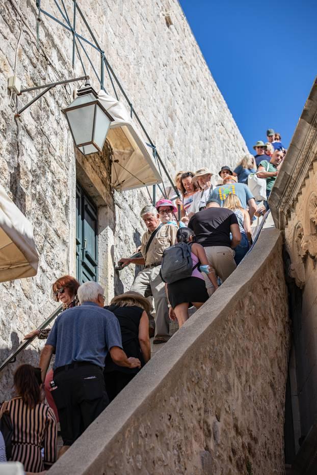 Krajem rujna Dubrovnik je još uvijek pun turista