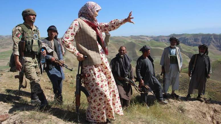 Talibani oteli guvernerku koja je regrutirala farmere za obranu