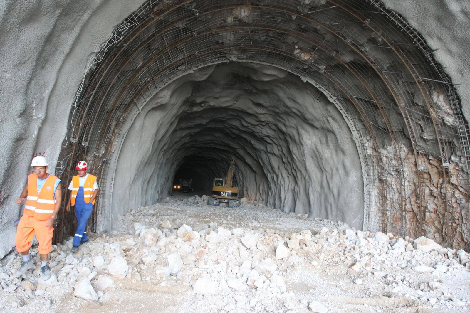 Počelo probijanje tunela Debeli Brijeg na poluotoku Pelješcu