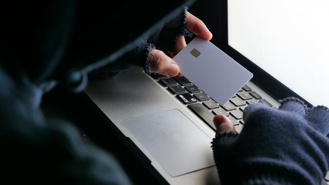 Muškarac i žena s Krka oštećeni za više od milijun kuna: Upali su u zamku online prevaranata
