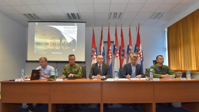 Zadar: Prezentacija 1. hrvatskog međunarodnog vojnog aeromitinga Croimas 2020