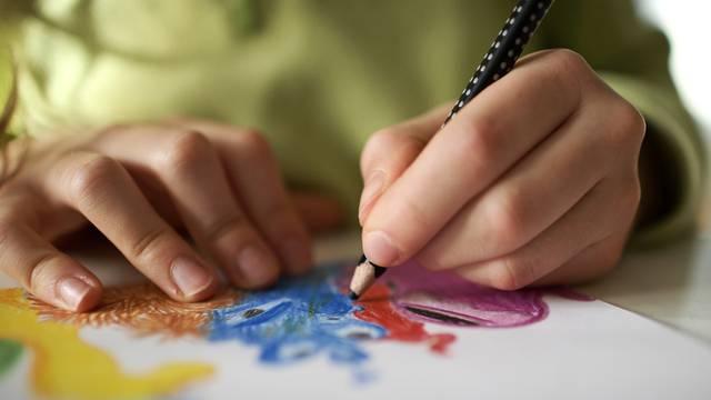 Sedam hobija koji potiču vašu kreativnost: Aranžiranje, bojanje odjeće i organiziranje