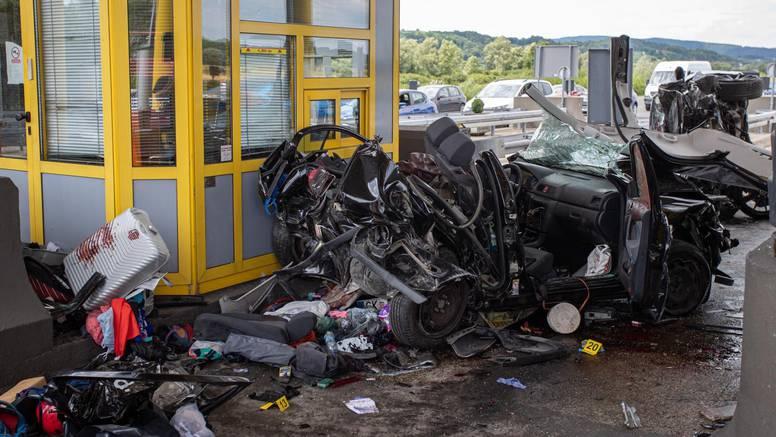 BMW-om se zabio u njih: Dijete i roditelji su u induciranoj komi