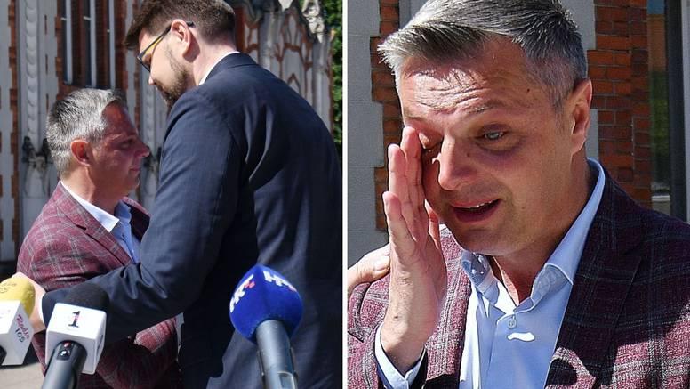 VIDEO Čakovečki gradonačelnik zaplakao je pred novinarima: 'Prijetili su mi da će me ubiti'