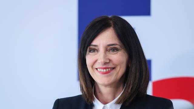 Zagreb: Ministrica Divjak održala sastanak preko videolinka