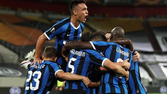 Kakva 'petarda'! Broz asistirao, Inter za trofej igra protiv Seville