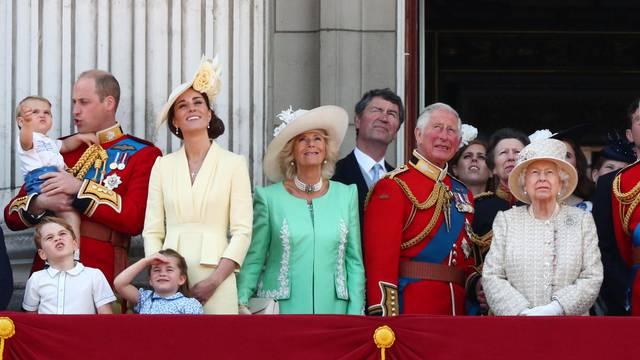 Humoristična strana britanske kraljevske obitelji: Da, i oni ponekad imaju dobre fore!