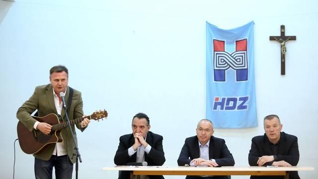 Zagreb: Damir Krstičević sudjelovao na predavanju u Društvenom domu Sveta Klara