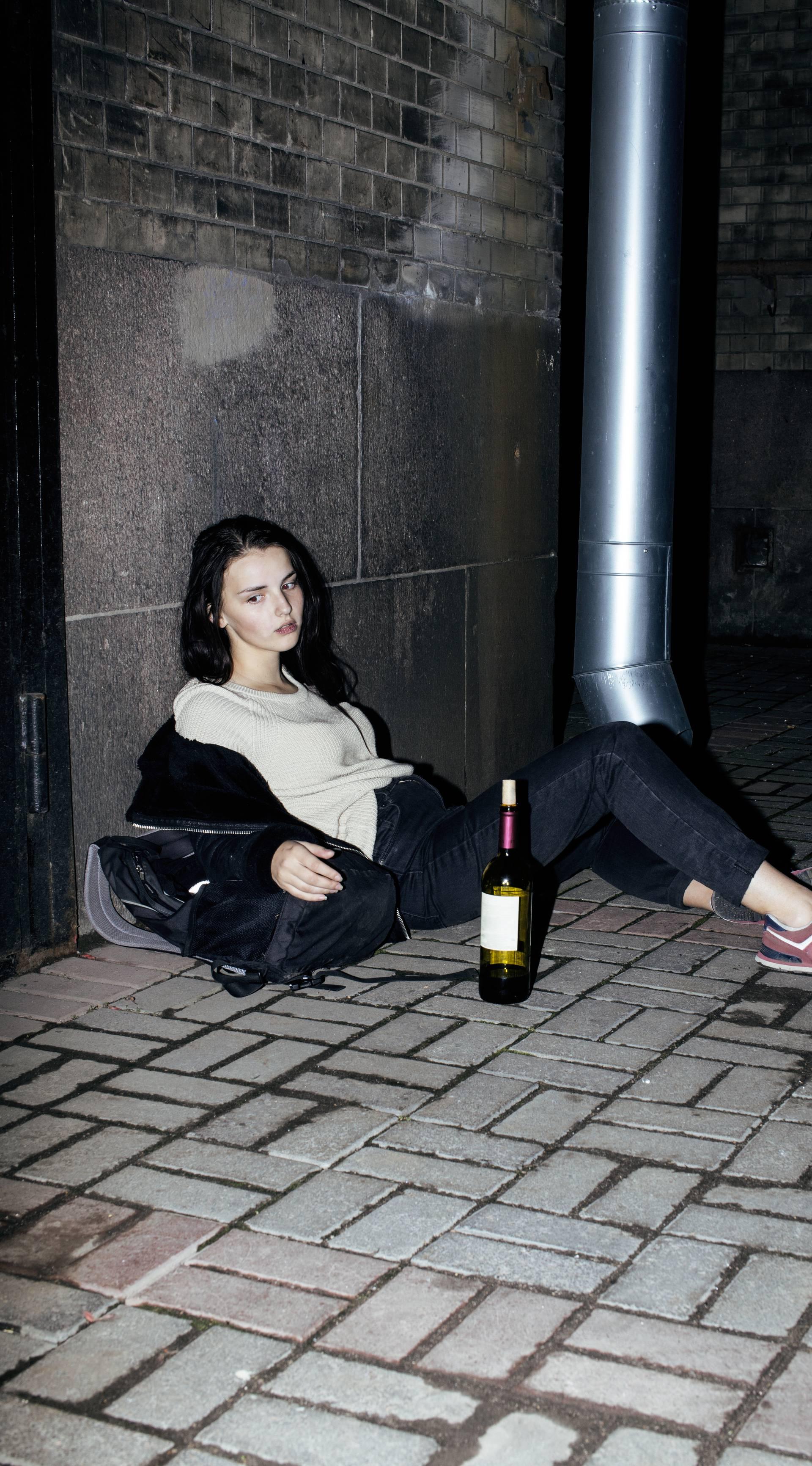 Alkohol nam truje djecu: 'Opila sam se, netko me slikao golu...'