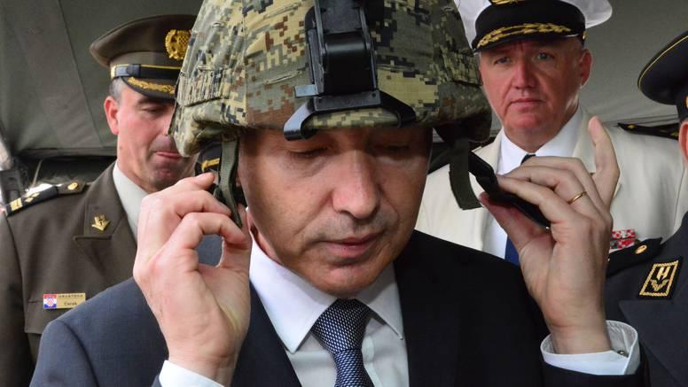 'Ja sam ministar obrane, sve dok me Sabor ne razriješi...'