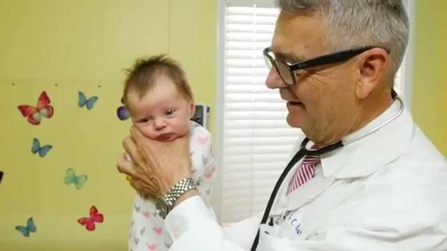 Evo kako smiriti uplakanu bebu u roku od samo jedne minute