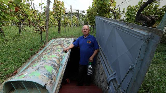 Vikendica pod zemljom puna je vina: 'U njoj su najbolji tulumi'