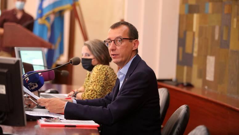 Nije prošlo izvješće riječkog gradonačelnika o izvršenju polugodišnjeg proračuna