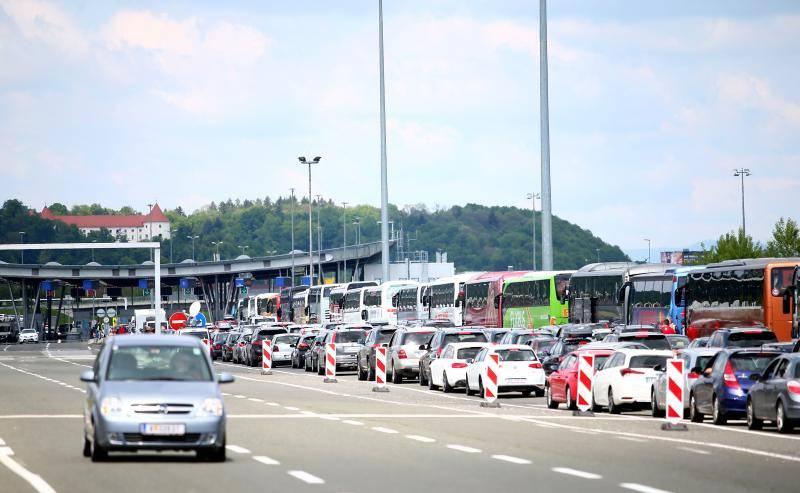 Sastanak: Prijevoznici traže da se otvore svi granični prijelazi