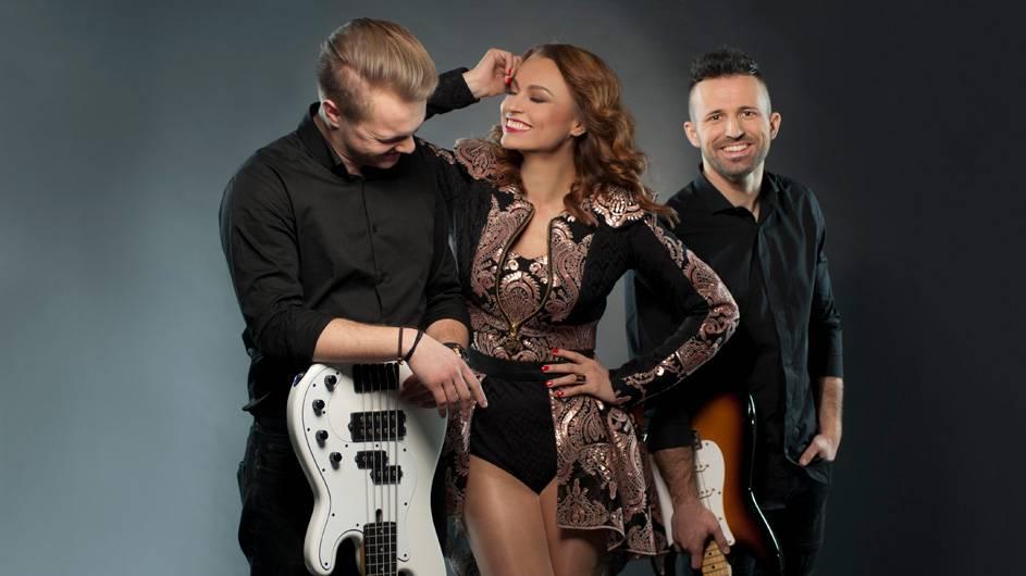 Nova pjesma Antonije Šole: Dok slušam radio - ekskluzivno