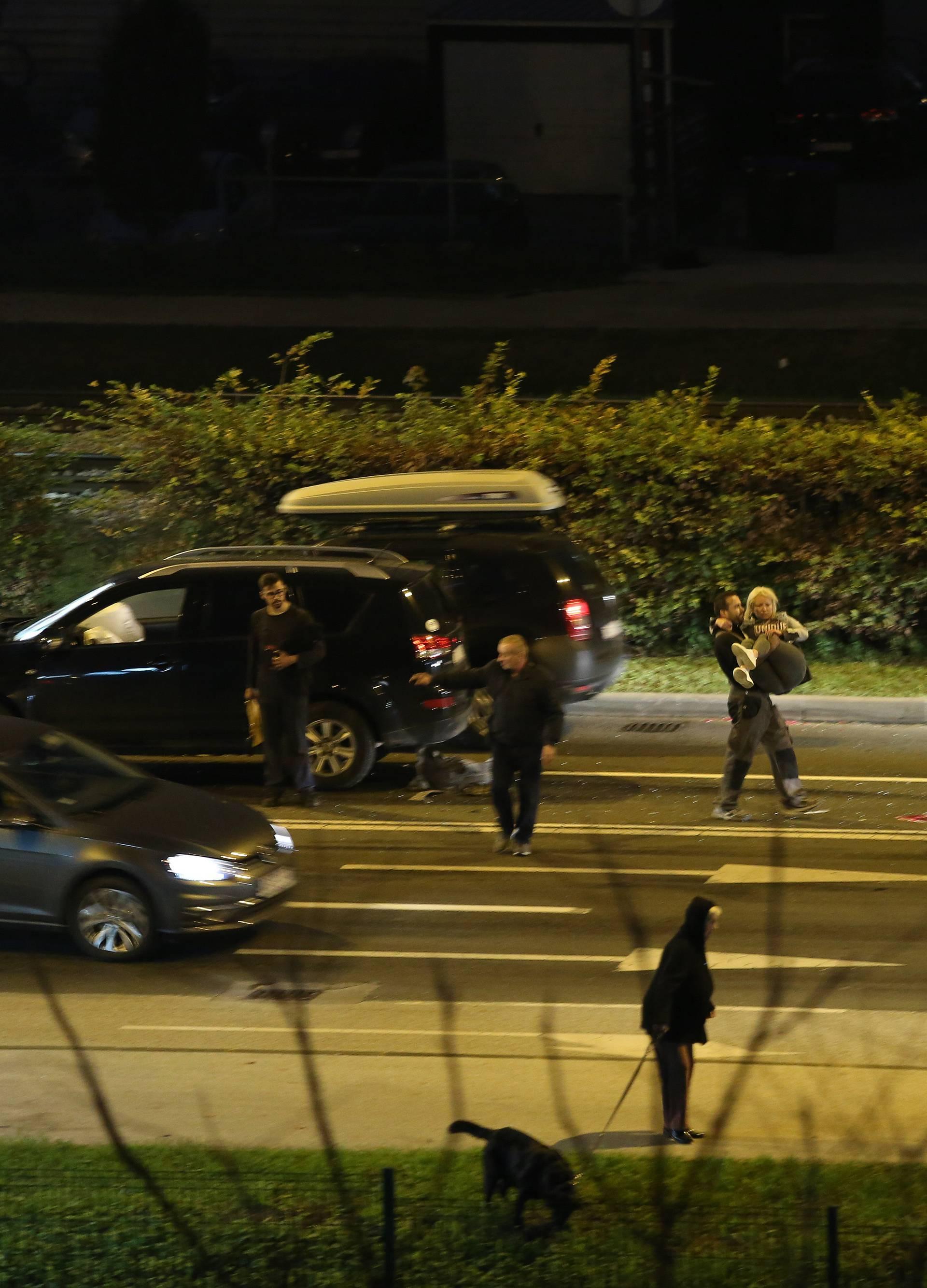 Zagreb: Dvije osobe ozlijeđene u lančanom sudaru četiri vozila na Aleji Bologne