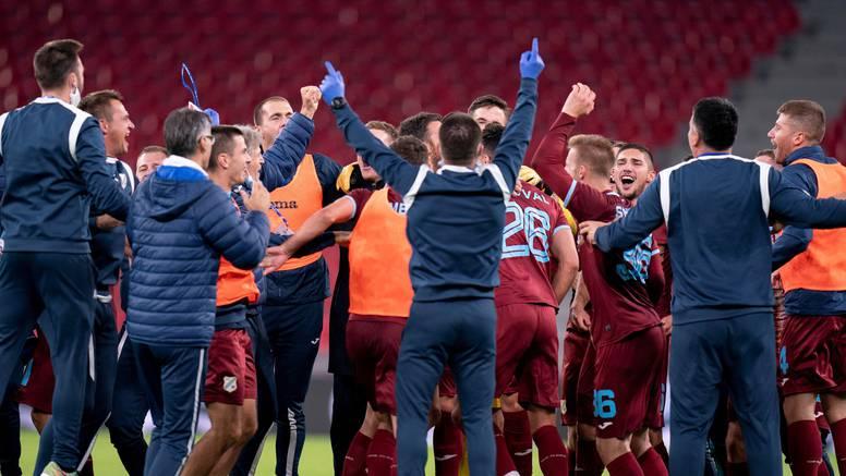 Danci nisu ni došli na pressicu Rožmana prije utakmice. A eto vam sada, gledajte kako slavi...