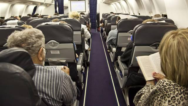 Australska aviokompanija traži od putnika obavezno cijepljenje