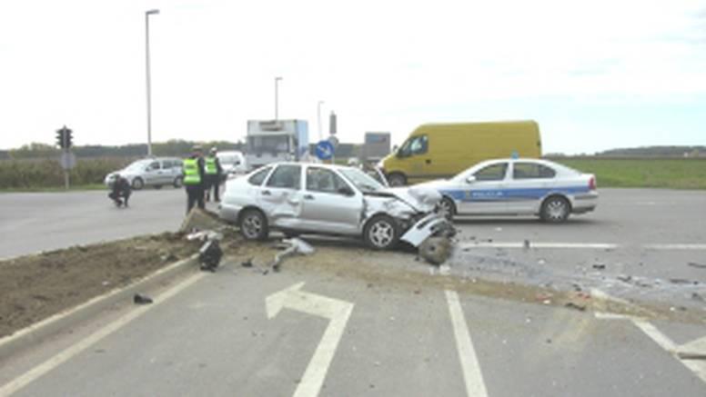 Teška prometna nesreća kod Tordinaca, ima i ozlijeđenih...