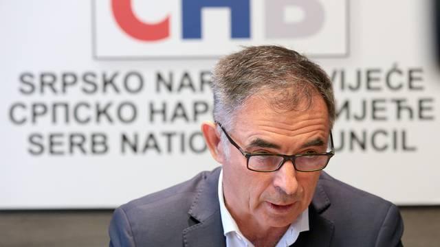 'Srbi ne traže fotelje, tražimo samo jednak razvoj krajeva'