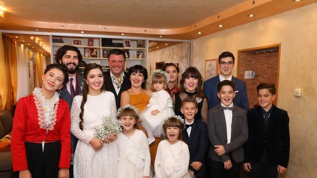 Krčka obitelj Toljanić prva u Hrvatskoj osvojila je nagradu za europsku veliku obitelj godine