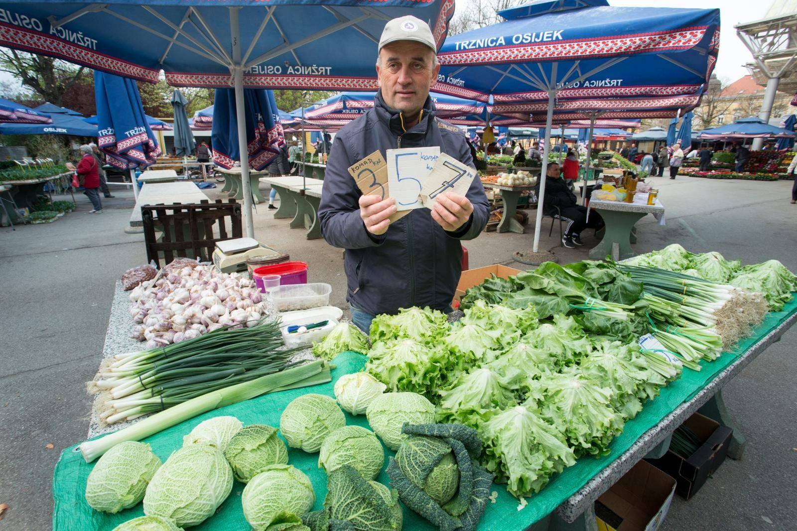 Osijek: Bogata ponuda proizvoda na gradskoj tržnici