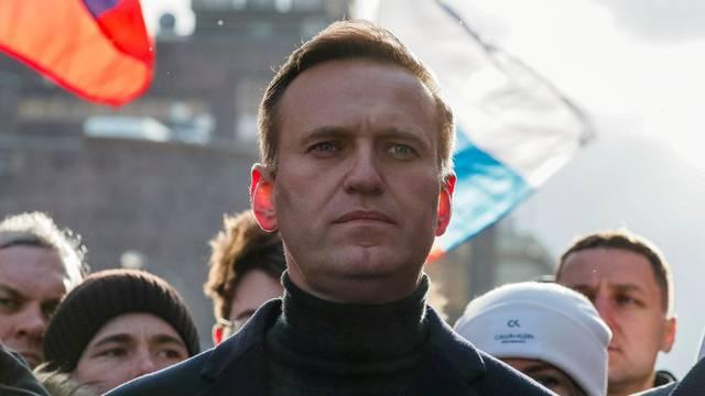Navaljni do utorka u Rusiji ili mu slijedi zatvorska kazna