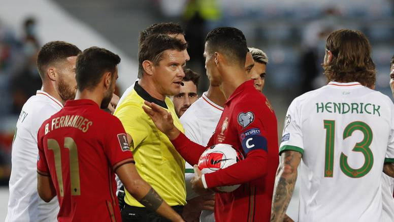 VIDEO Udario protivnika, fulao penal pa zabio dva: Ronaldo je najbolji strijelac reprezentacija!