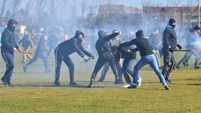 Makljaža: Potukli se huligani Cibalije i Mađari nasred terena