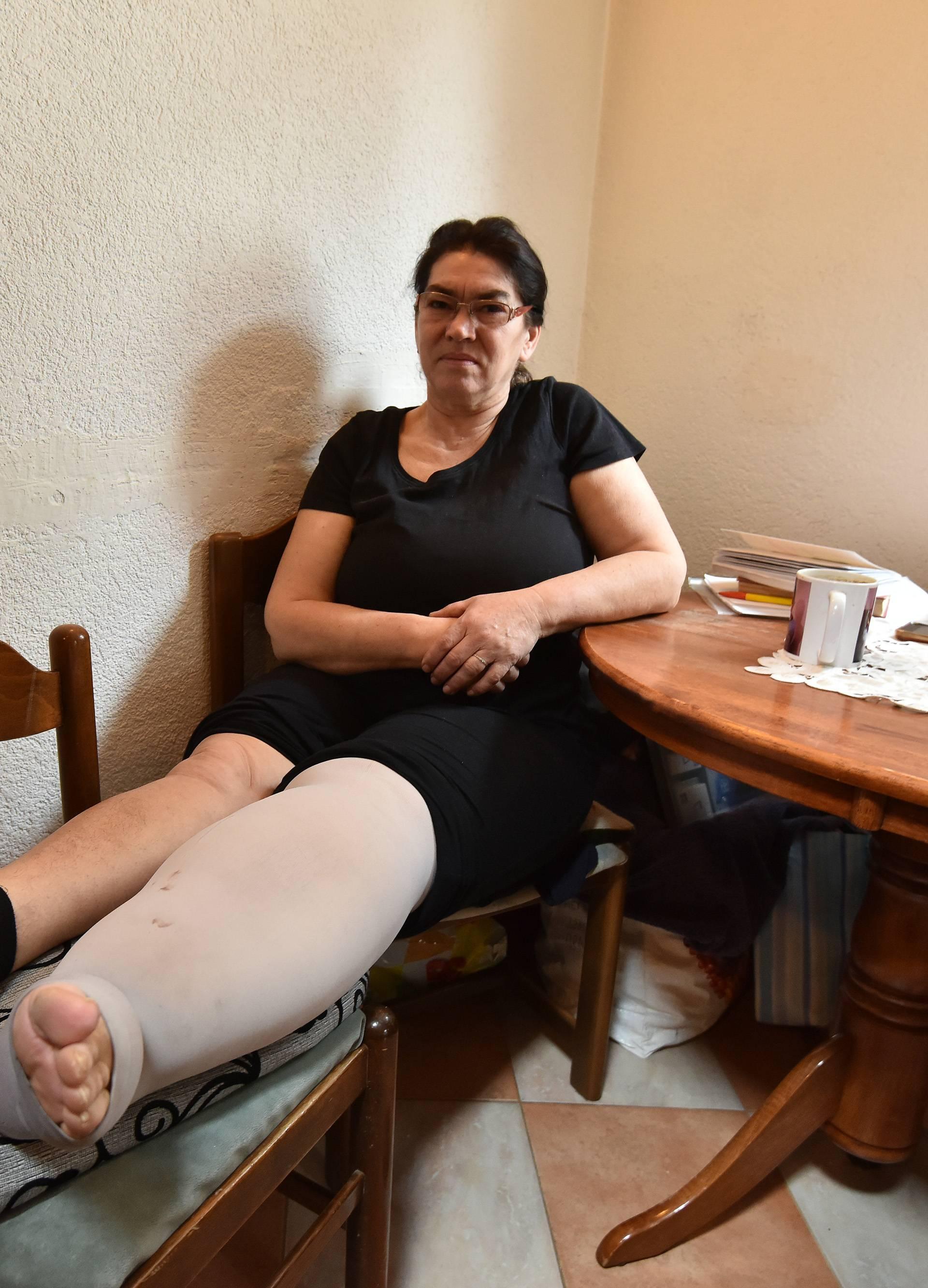 """Jela godinama traži pomoć: """"Lijeva noga mi i dalje raste"""""""