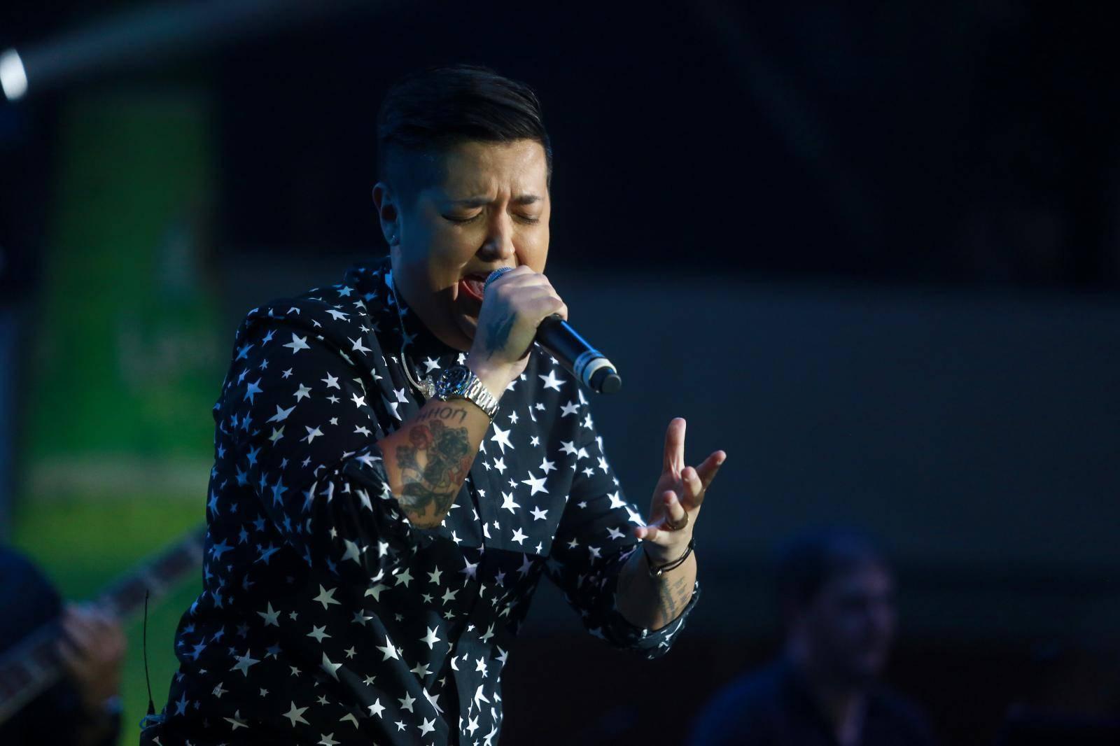 Roko Blažević je na Marijinom koncertu pjevao pjesmu 'Heroj'