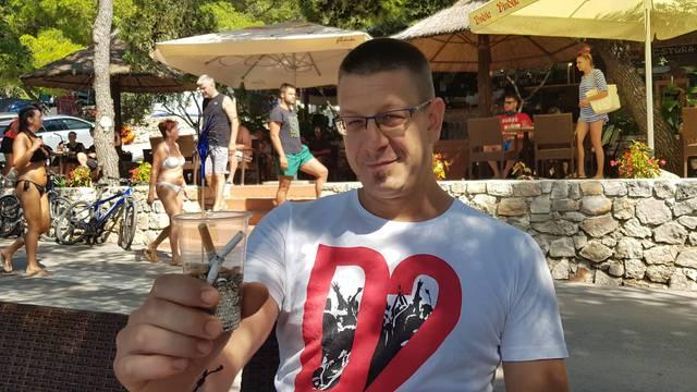 Eko trampa: Za čašu opušaka dobijete piće gratis na Murteru