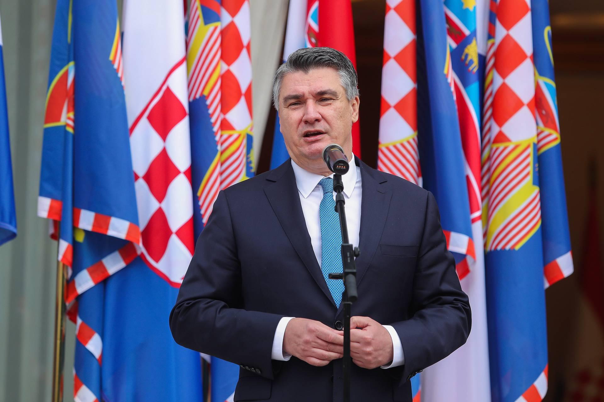Zagreb: Milanović uručio odlikovanja pripadnicima 1. gardijske brigade Tigrovi