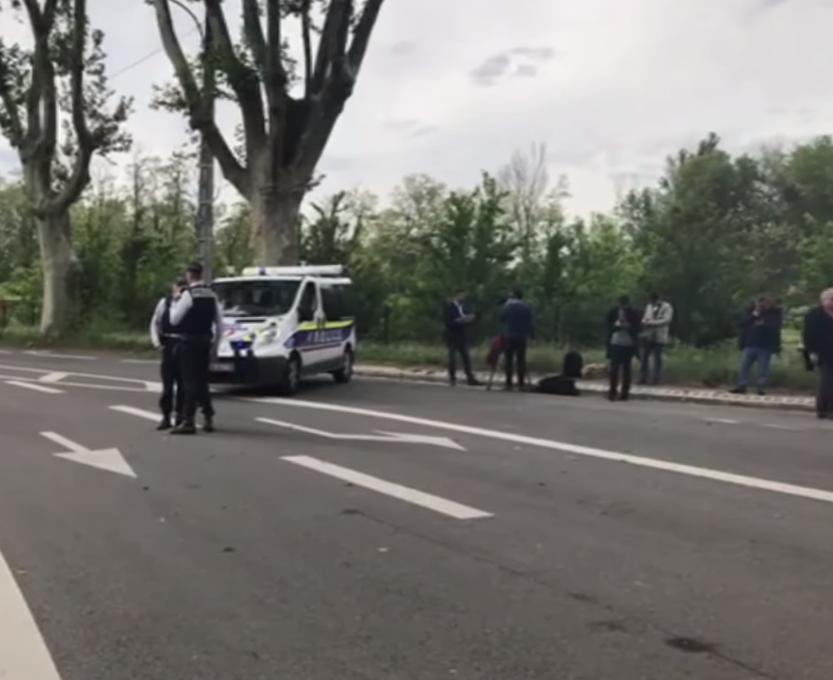 Naoružani tinejdžer zatočio je četvero u trgovini u Toulouseu