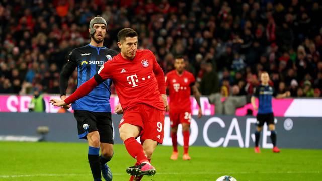 Lewandowski u društvu Messija i Cristiana: Zabio 40 komada...