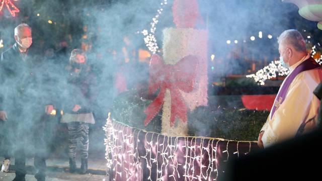 Split: Prilikom paljenja prve adventske svijeće u Đardinu došlo je do kratkog spoja