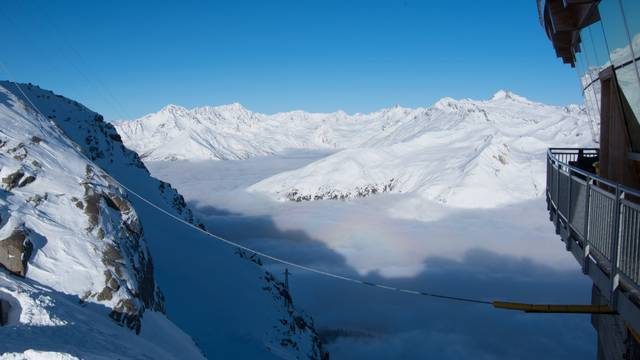 U ledenjaku na Tibetu otkrili viruse stare 15 tisuća godina