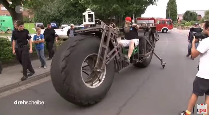 Ovo je najteži bicikl na svijetu: Baš i neće daleko stići s njim...