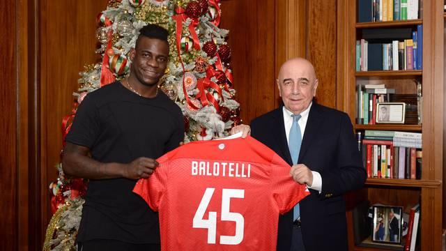 Balotelli 'skinuo' pet kilograma, je li vrijeme za debi za Monzu?