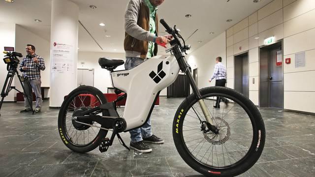 Svi bi htjeli provozati jedan đir na Rimčevom biciklu Greypu