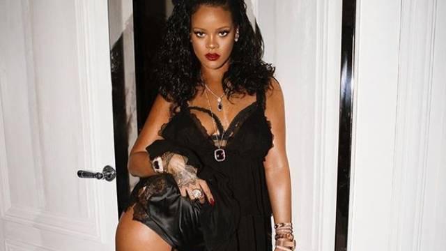 Poduzetna Rihanna: Pokazala kolekciju  seksi donjeg rublja