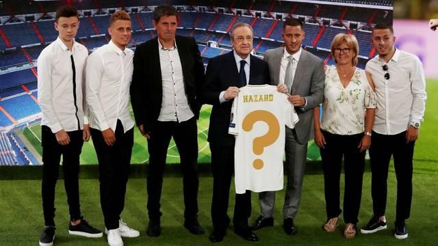 Hazard: Pitao sam Modrića da mi da broj 10, ali on ne želi...