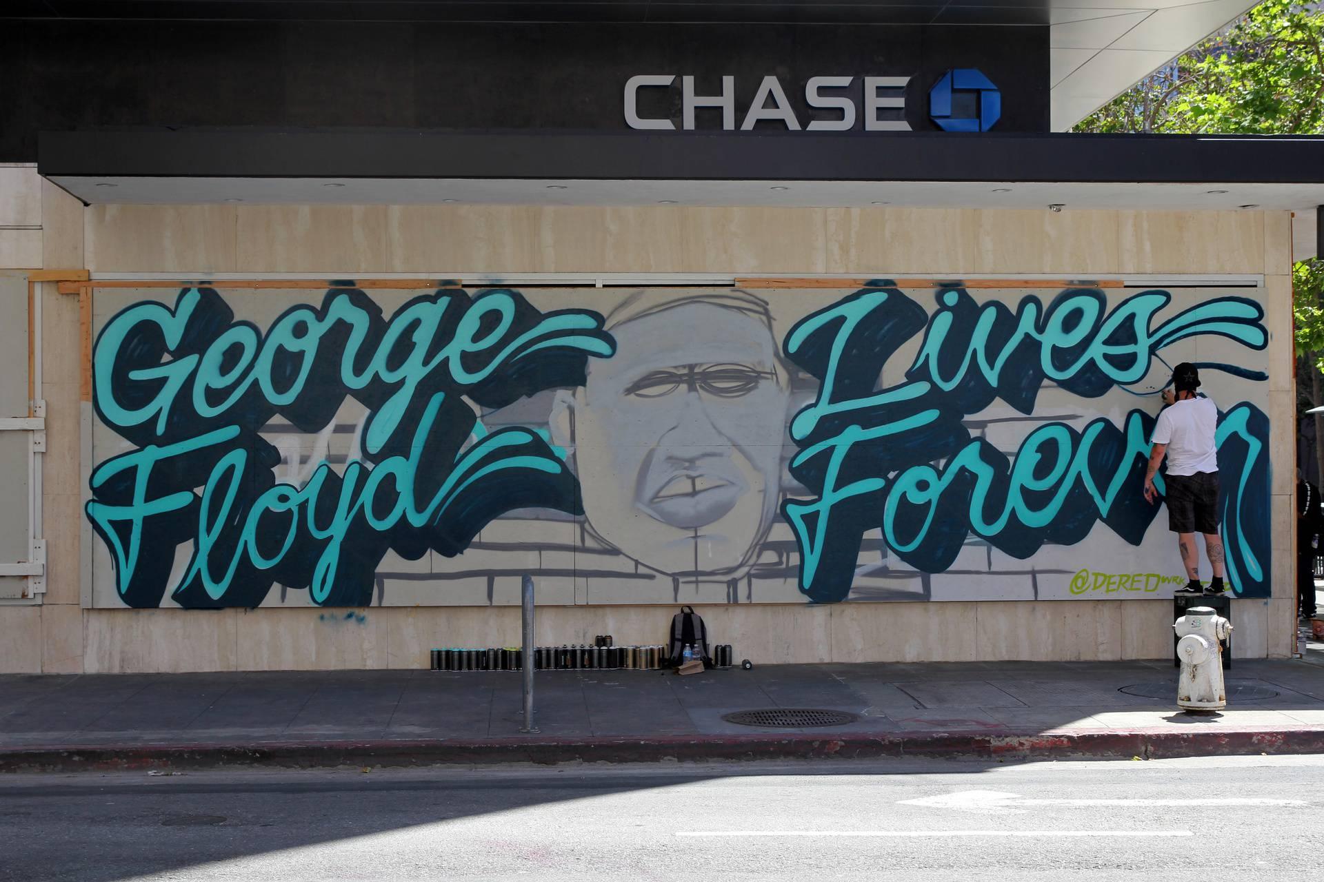 Murali u čast Georgu Floydu od SAD-a do Europe: Dosta je diskriminacije, živjet će zauvijek