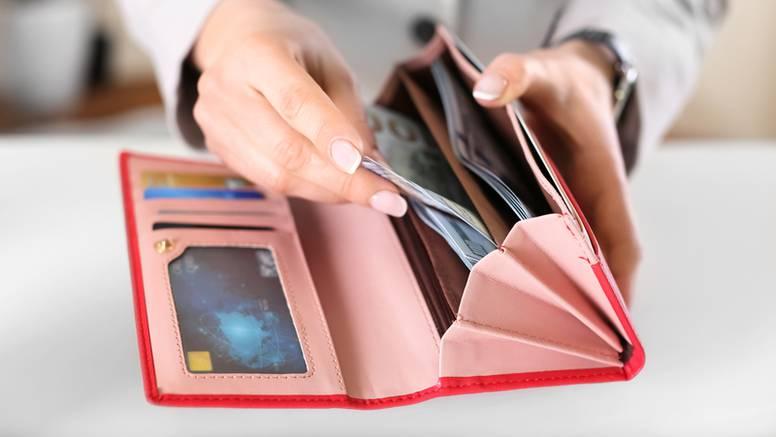 Kako držite novac u novčaniku otkriva hoćete li se obogatiti