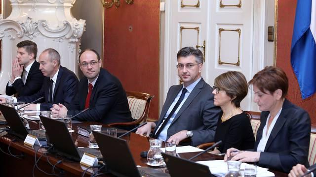 Kadroviranje Vlade: Evo tko su novi pomoćnici i državni tajnici