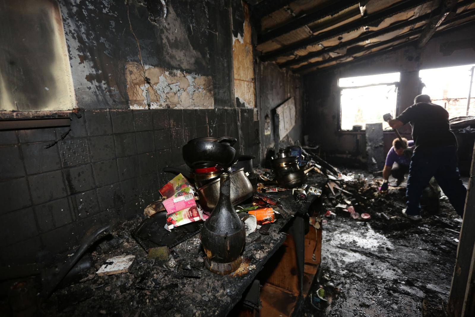 'U požaru je sve izgorjelo, naši susjedi i prijatelji nam pomažu'