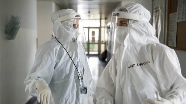 Bolnica u Sarajevu u kojoj se liječnici i pacijenti bore s virusom COVID-19
